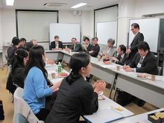 薬学教育懇話会による教育ピアレビューが神戸薬科大学で行われました。